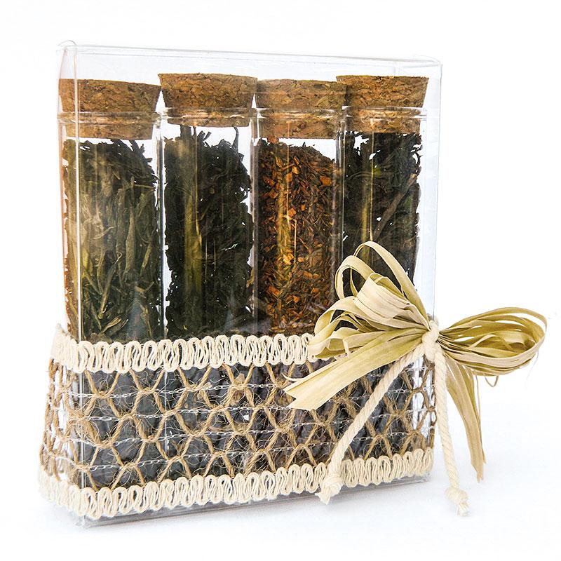 scatolina decorata con rafia contenente provette con assortimento di tè alla vaniglia, sencha, nero ceylon e rooibos